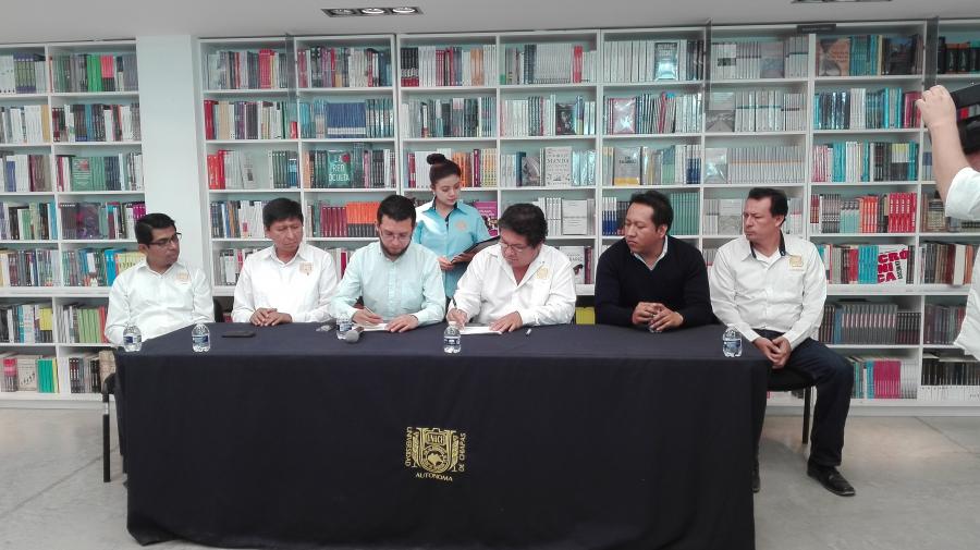 FIRMA DE CONVENIO DE COLABORACIÓN ENTRE EL LNVCS DE LA UNIVERSIDAD AUTÓNOMA DE CHIAPAS Y BALKAEN INGENIERÍA E INVESTIGACIÓN S.C